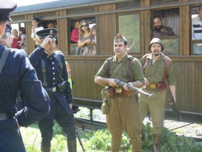 Recreación de la guerra civil en el Tren de Arganda